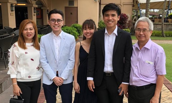 Dr Alvin Chew and his family
